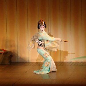 Kyoto-danza-maiko